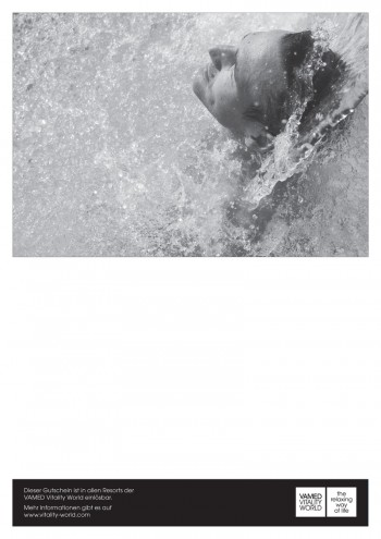 print@home voucher waterfall man black/white
